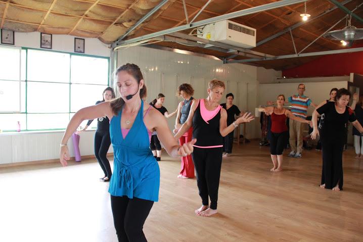 נועה קדמן | אימון תנועתי שמיטיב עם גופך: ריקוד נשמת השמש, ריקוד ניה